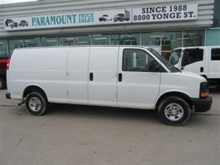 Used 2015 Chevrolet Express 2500 2500 3/4 Extended Cargo Van for sale in Richmond Hill, ON
