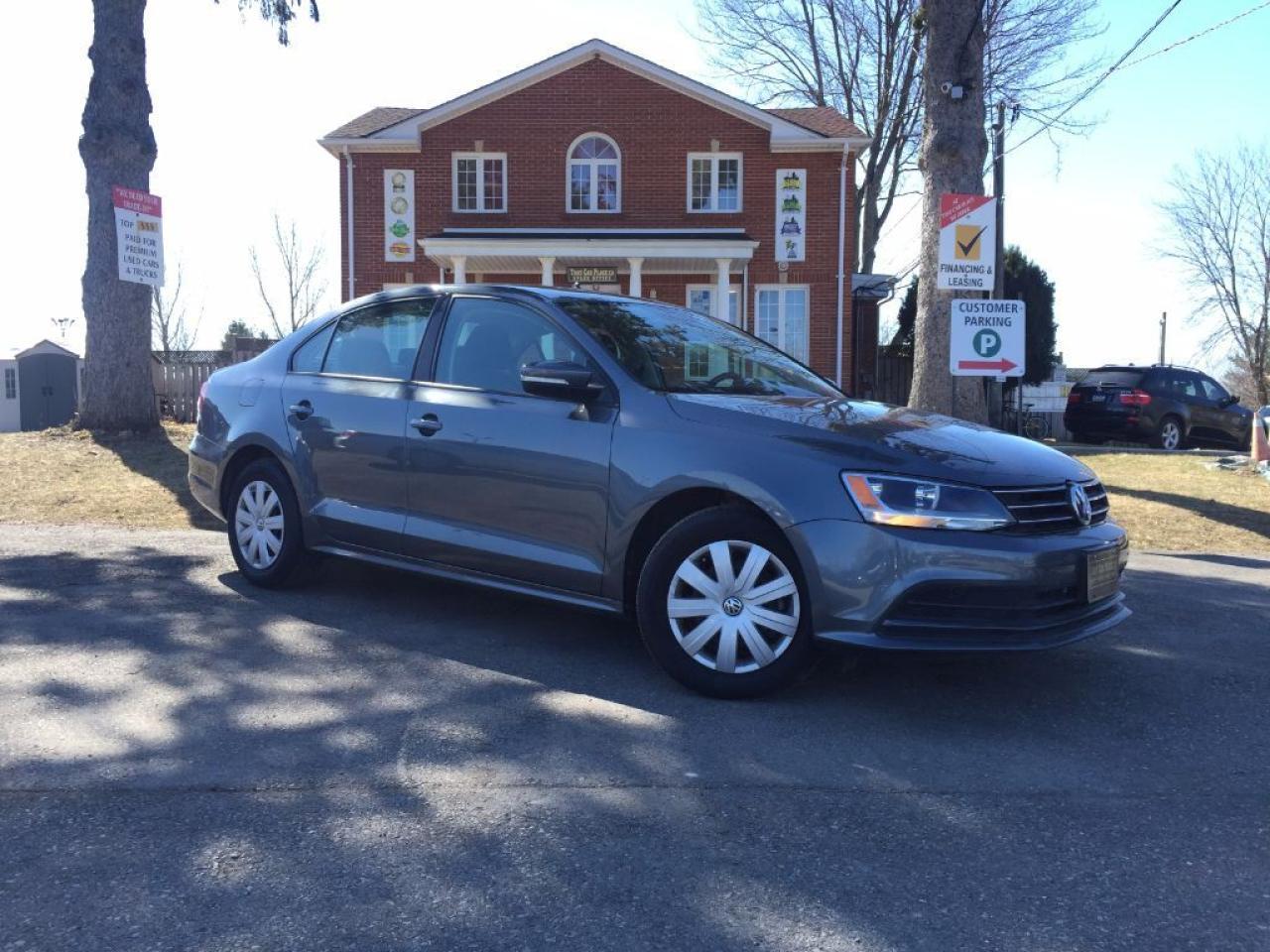 2016 Volkswagen Jetta TRENDLINE+$61/Wk-Clean Carproof-Turbo-Cam-Htd Sts