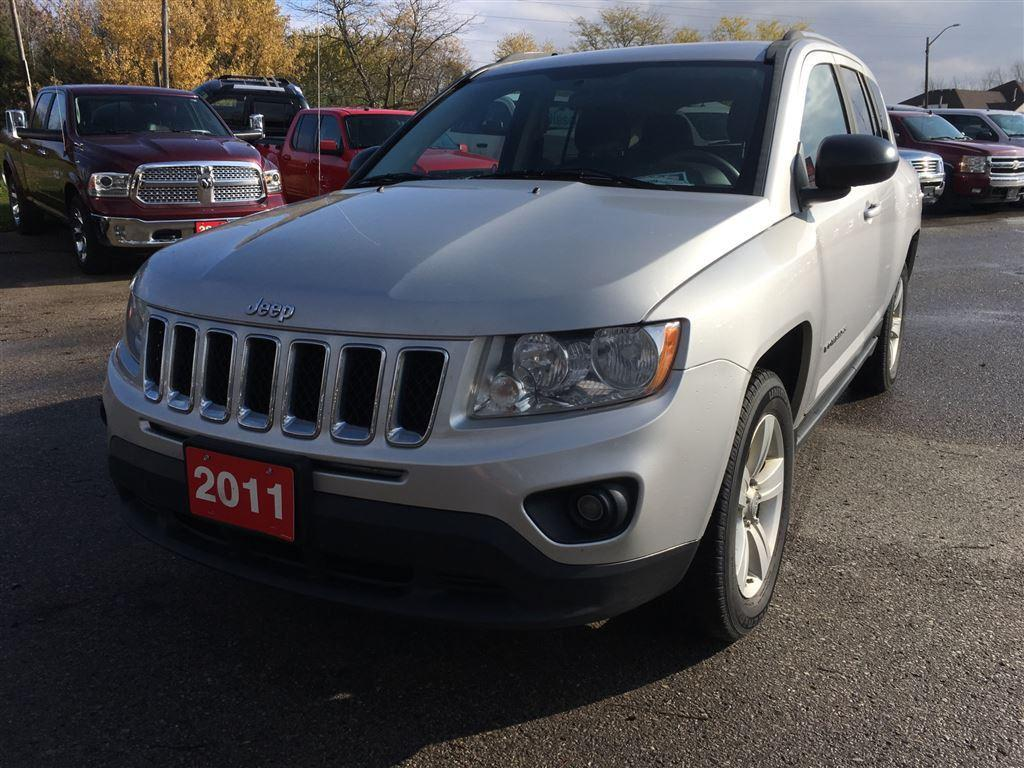 used 2011 jeep compass north for sale in aylmer ontario. Black Bedroom Furniture Sets. Home Design Ideas