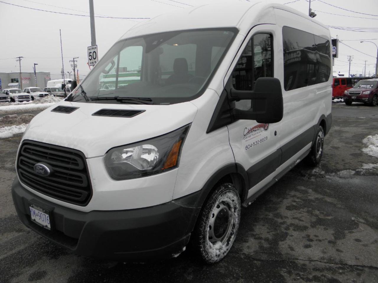 2016 Ford Transit 250 10 Passenger