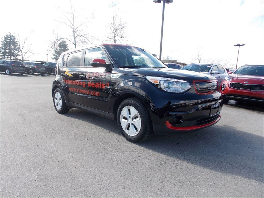 used 2016 kia soul ev ev for sale in west kelowna british columbia. Black Bedroom Furniture Sets. Home Design Ideas