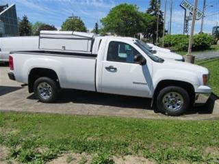 Used 2014 GMC Sierra 1500 Regular cab 2WD 8ft box for sale in Richmond Hill, ON