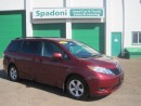 Used 2014 Toyota Sienna LE for sale in Thunder Bay, ON