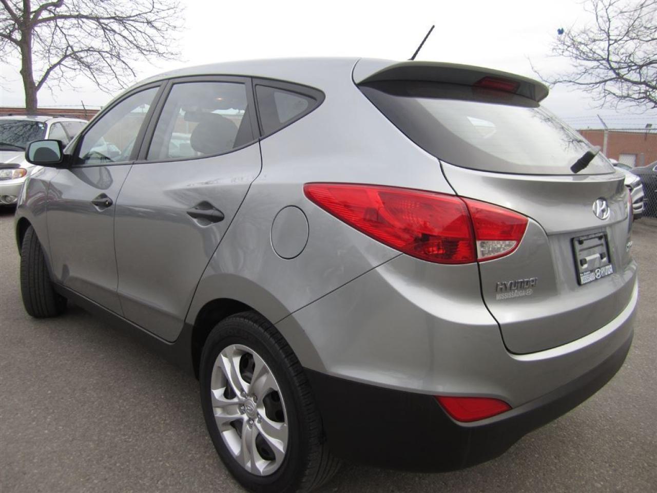 2013 Hyundai Tucson One owner-Very clean-Certified