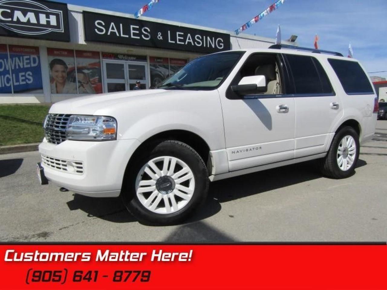 2011 Lincoln Navigator 4X4, NAVIGATION, DVD, HEATED & COOLED SEATS!
