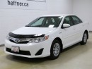 Used 2013 Toyota Camry HYBRID LE with back up Camera for sale in Kitchener, ON