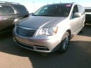 Used 2016 Chrysler Town & Country Touring-LEATHER / for sale in Tilbury, ON