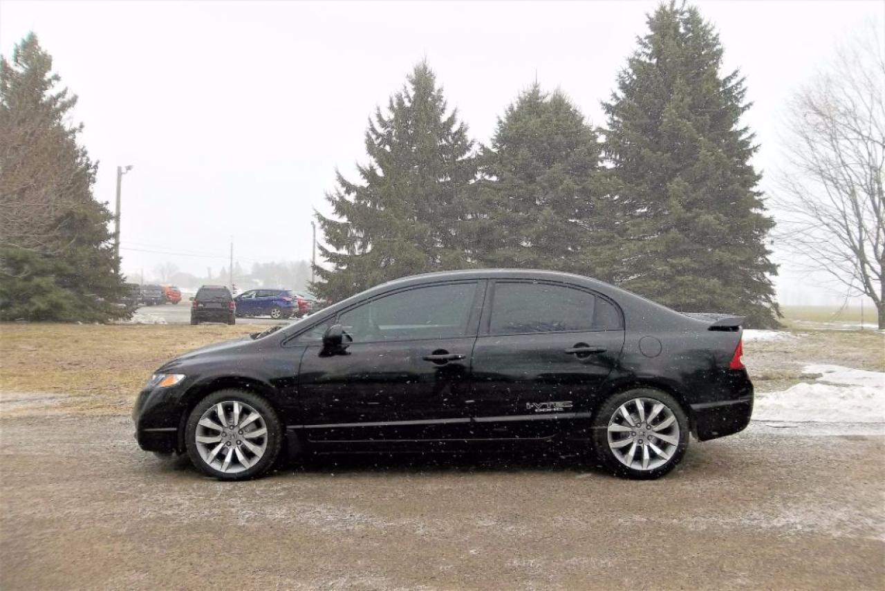 Photo of Black 2010 Honda Civic