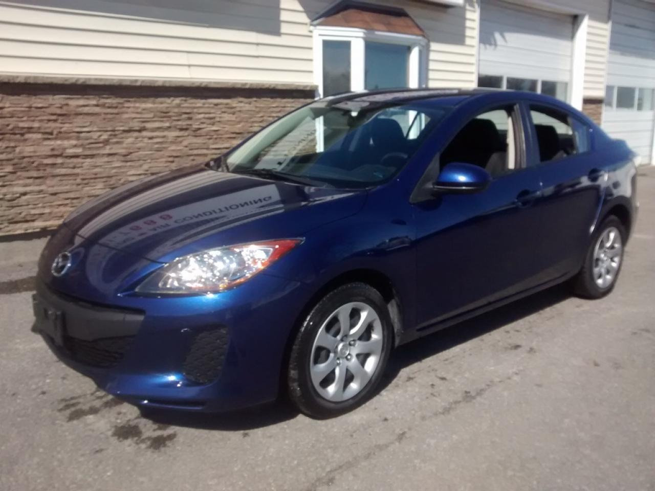 Photo of Blue 2013 Mazda MAZDA3 GX
