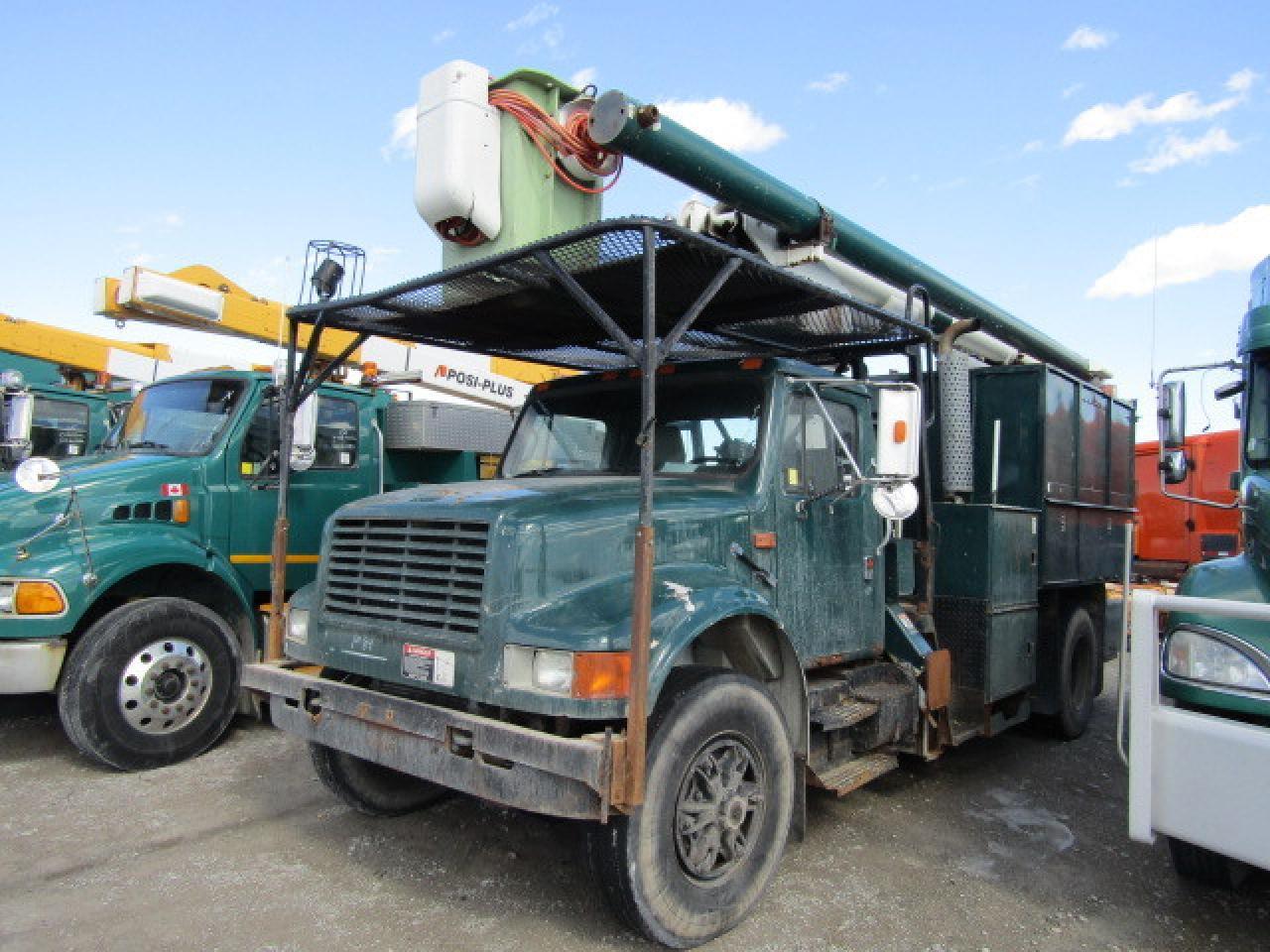 Photo of Green 1991 International 4000 SERIES 4900