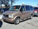 Used 2002 GMC Safari SLE for sale in Gloucester, ON