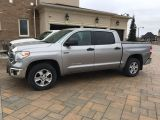 Photo of Gray 2016 Toyota Tundra