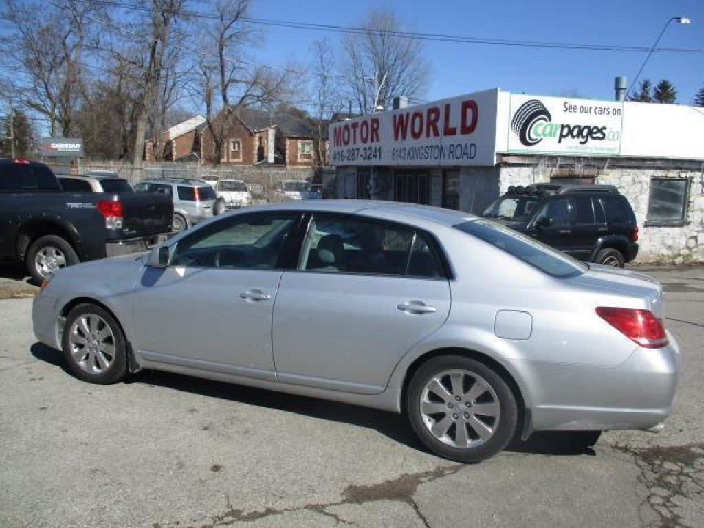used 2005 toyota avalon xls touring for sale in scarborough ontario. Black Bedroom Furniture Sets. Home Design Ideas
