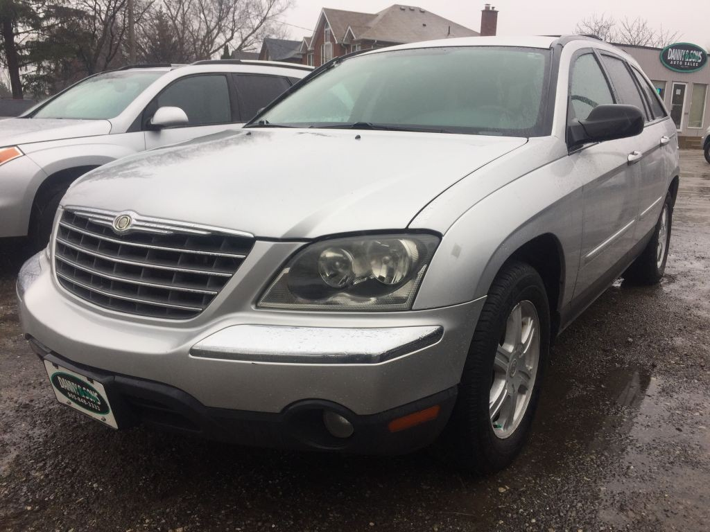 used 2005 chrysler pacifica touring for sale in mississauga ontario. Black Bedroom Furniture Sets. Home Design Ideas