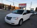 Used 2009 Chrysler Town & Country LX,Poor sliding doors ,Heated seats. for sale in Scarborough, ON