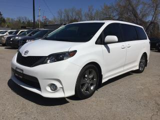 Used 2012 Toyota SIENNA SE * LEATHER/CLOTH * 2 DVD * SUNROOF * REAR CAM * 8-PASS * BLUETOOTH for sale in London, ON
