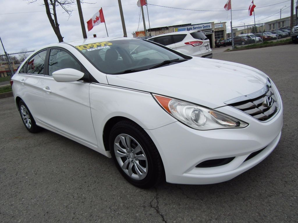 used 2012 hyundai sonata gl for sale in st catharines ontario. Black Bedroom Furniture Sets. Home Design Ideas