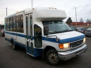 Used 2004 Ford Transit Connect wheel chair bus for sale in Mississauga, ON
