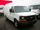Used 2005 Chevrolet Express 3500 Bubble Van 11 ft single wheel for sale in Mississauga, ON