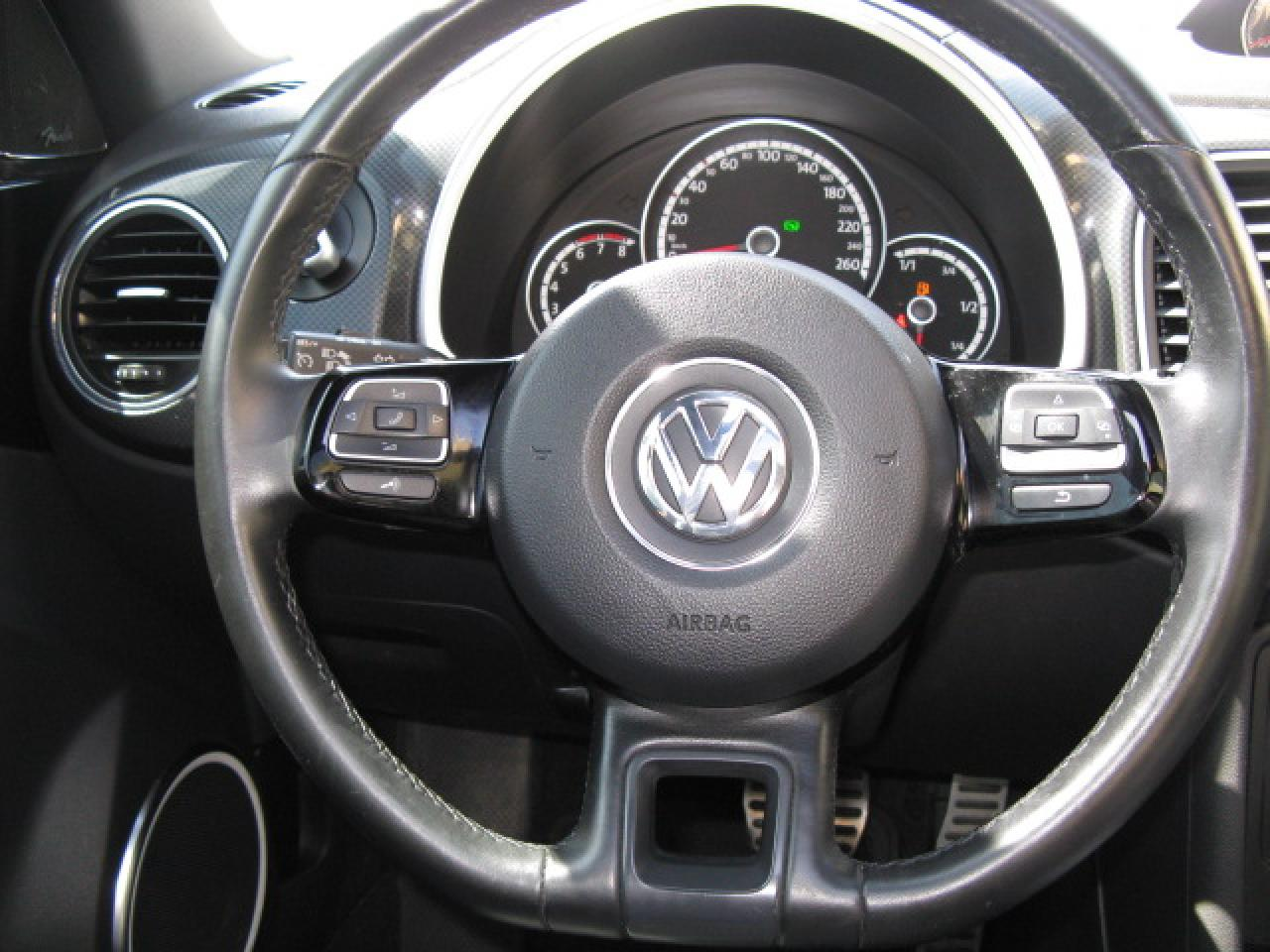 2013 Volkswagen Beetle 2.0T Turbo NAVIGATION LEATHER SUNROOF