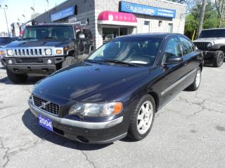 Used 2004 Volvo S60 TURBO * AWD * SUNROOF * LEATHER for sale in Windsor, ON