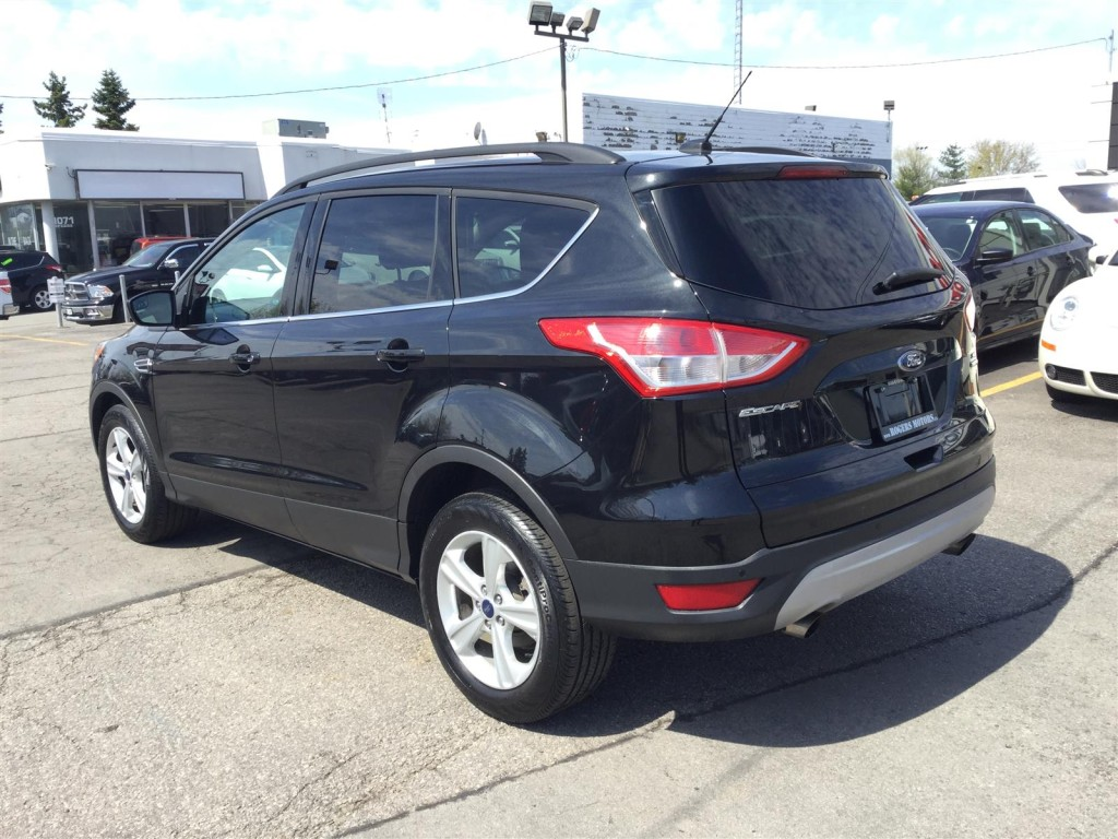 used 2014 ford escape se 4wd navi leather panoramic roof for sale in oakville ontario. Black Bedroom Furniture Sets. Home Design Ideas