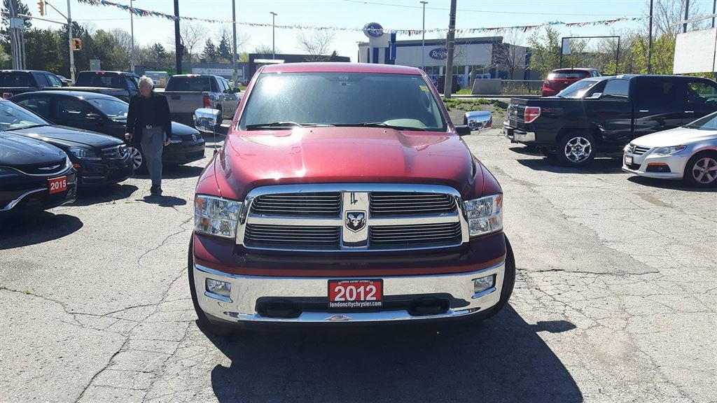 used 2012 dodge ram 1500 big horn edition 4x4 crew cab hemi for sale in london ontario. Black Bedroom Furniture Sets. Home Design Ideas