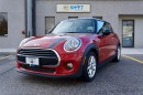 Used 2016 MINI Cooper * PANORAMIC SUNROOF, HEATED SEATS, BLUETOOTH * for sale in Burlington, ON