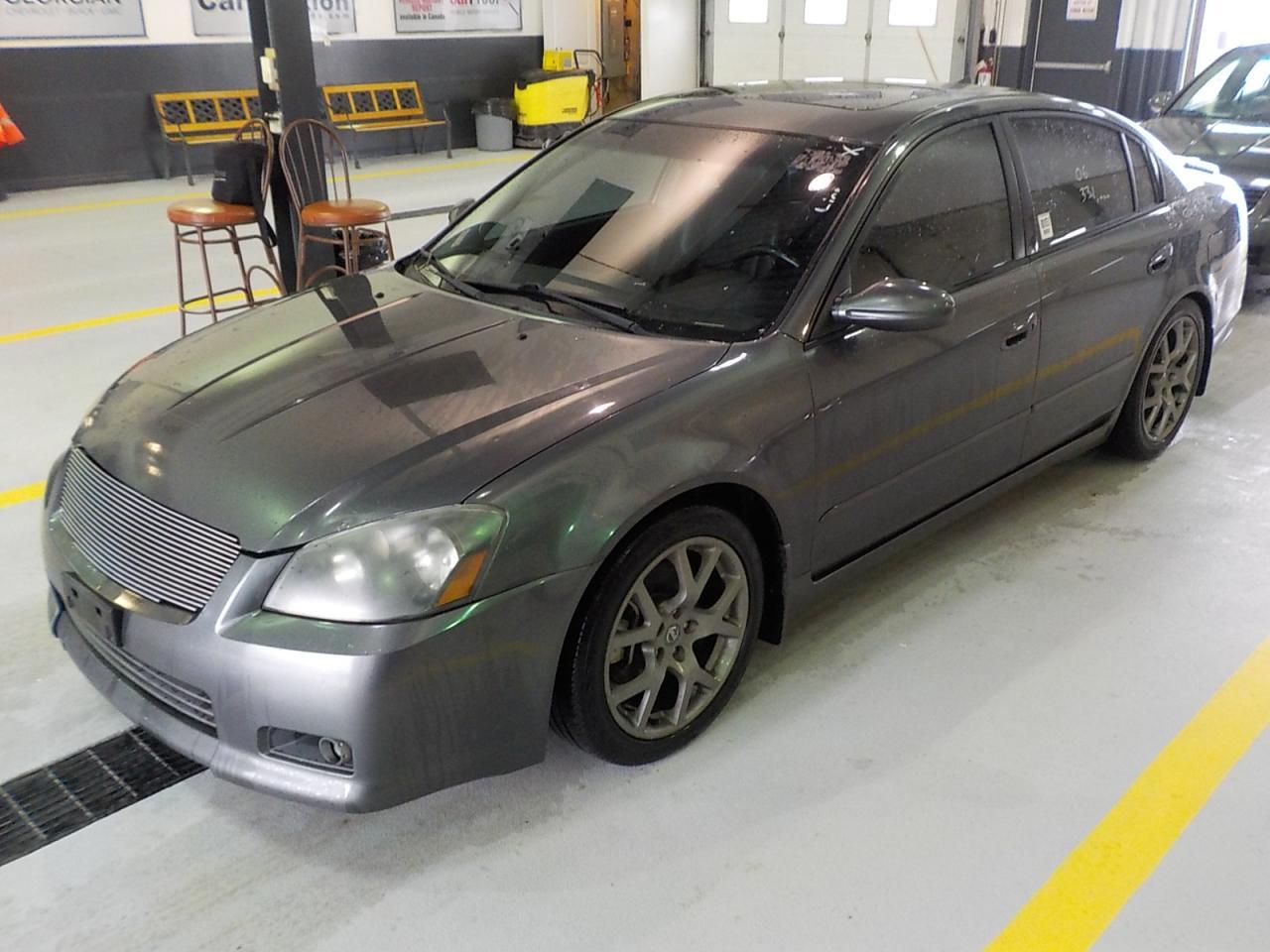 Photo of Grey 2006 Nissan Altima