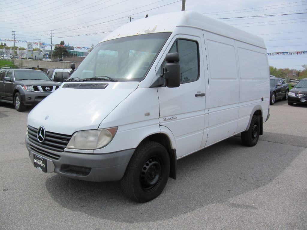 Used 2005 Mercedes Benz Sprinter 2500 High Roof L5 2 7 L For Sale In