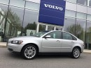 Used 2006 Volvo S40 T5 AWD Automatic, Sunroof, & Leather for sale in Surrey, BC