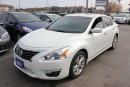Used 2014 Nissan Altima 2.5 SV Sunroof Bluetooth for sale in Brampton, ON