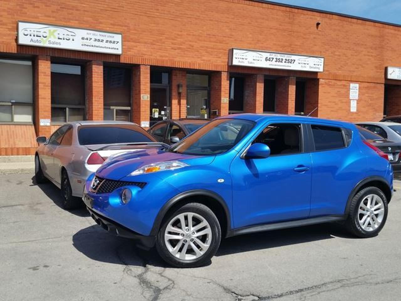 Photo of Blue 2012 Nissan Juke