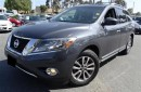 Used 2013 Nissan Pathfinder SL-LEATHER- for sale in Scarborough, ON