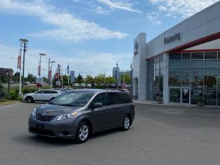 Used 2017 Toyota Sienna 5DR LE 8-PASS FWD for sale in Pickering, ON