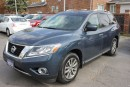 Used 2013 Nissan Pathfinder SV for sale in Brampton, ON
