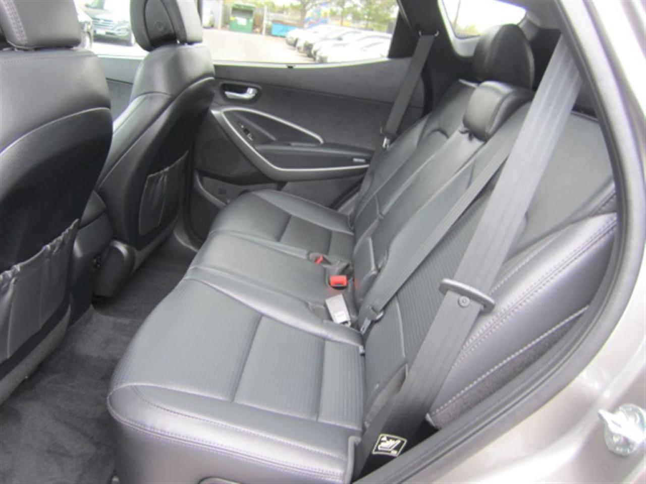 2016 Hyundai Santa Fe Sport Luxury-AWD-Panorama Sunroof-MINT