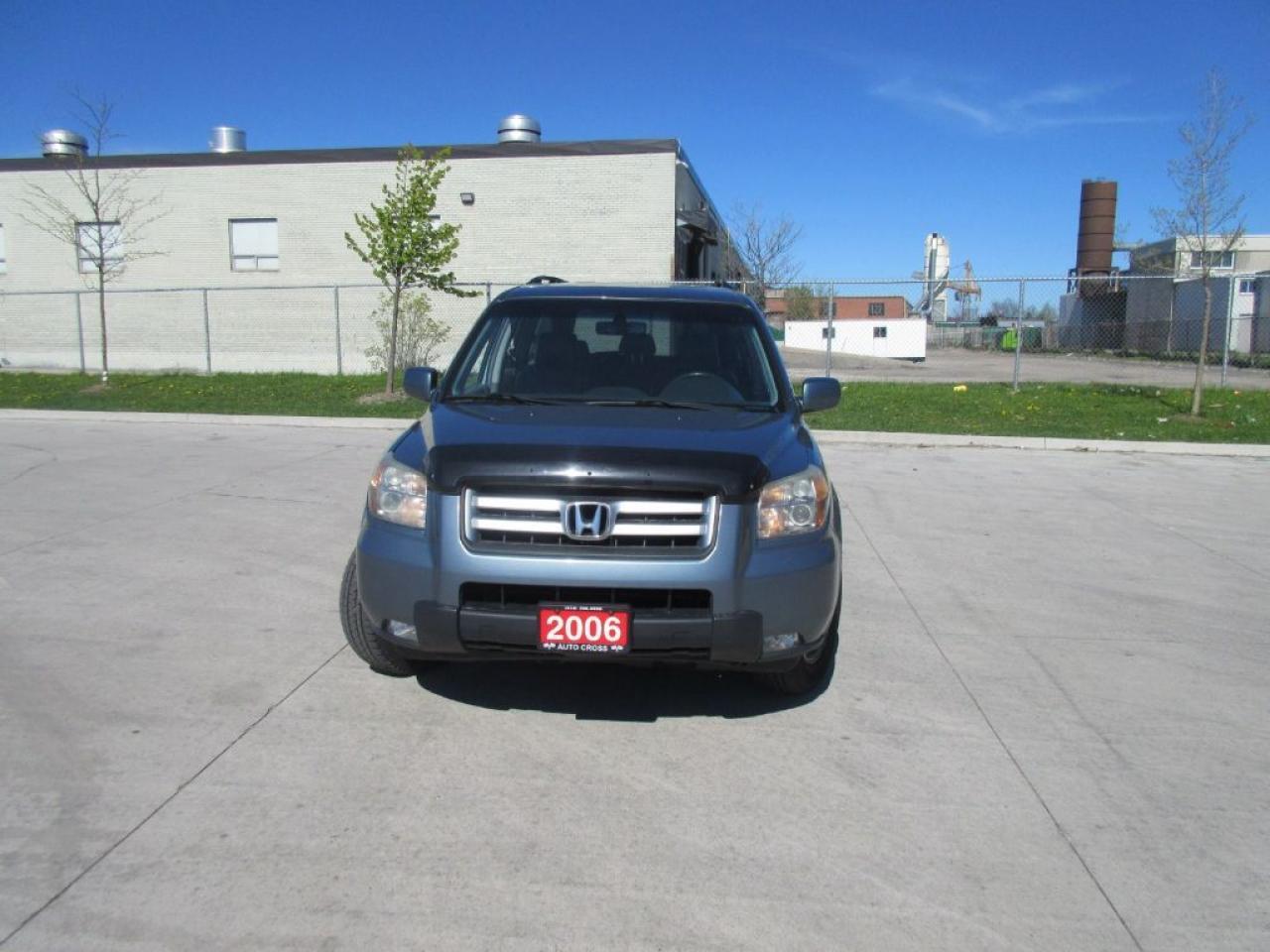 Photo of Blue 2006 Honda Pilot EX-L,4WD, DVD, 8 passanger, Leather,Sunroof, Autom