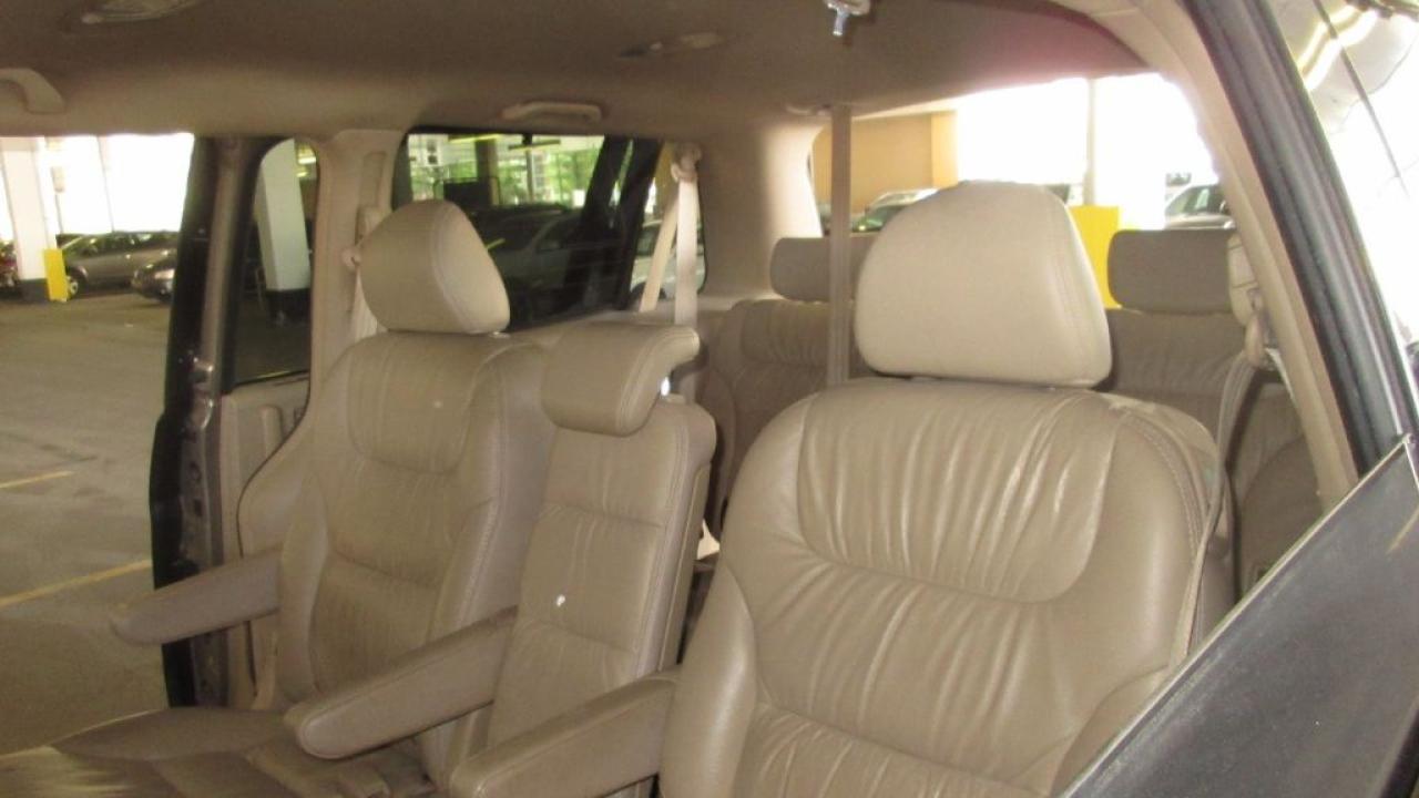 2006 Honda Odyssey EX-L, 8 passenger, Leather, Sunroof, certify, Auto