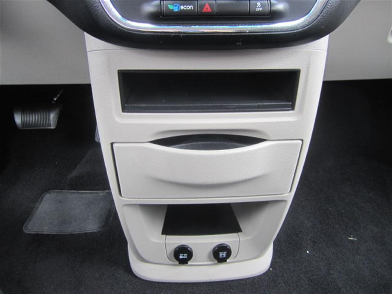 2015 Dodge Grand Caravan CVP-super clean-certified