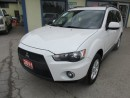 Used 2011 Mitsubishi Outlander POWER EQUIPPED ES EDITION 5 PASSENGER 2.4L - DOHC.. AWC SYSTEM.. CD/AUX/USB INPUT.. KEYLESS ENTRY.. for sale in Bradford, ON