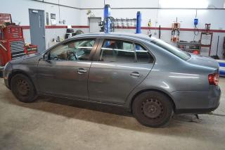 Used 2009 Volkswagen Jetta for sale in Russell, ON