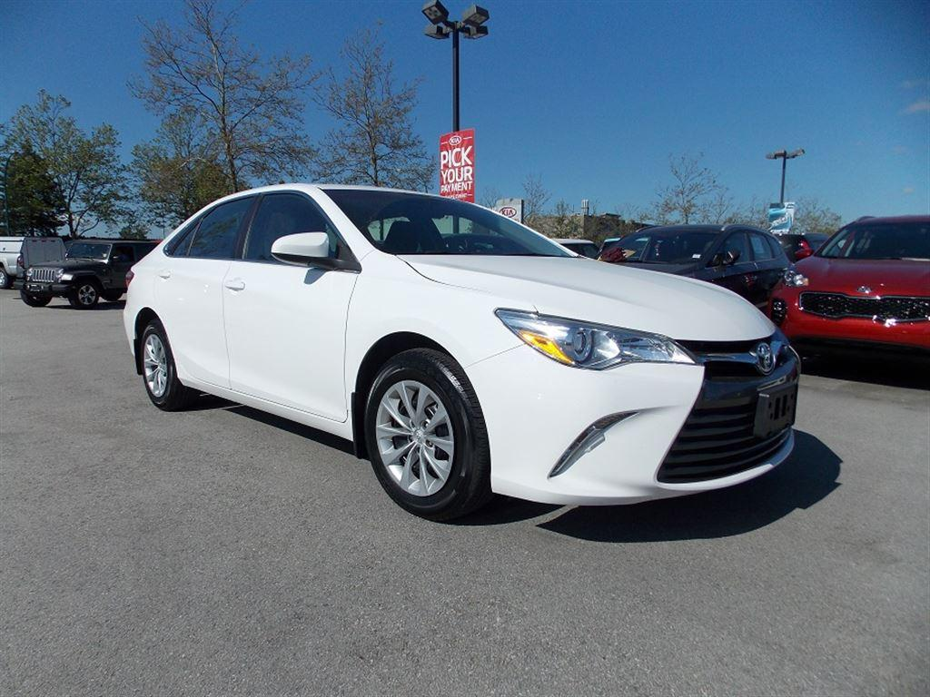 used 2016 toyota camry le for sale in west kelowna british columbia. Black Bedroom Furniture Sets. Home Design Ideas