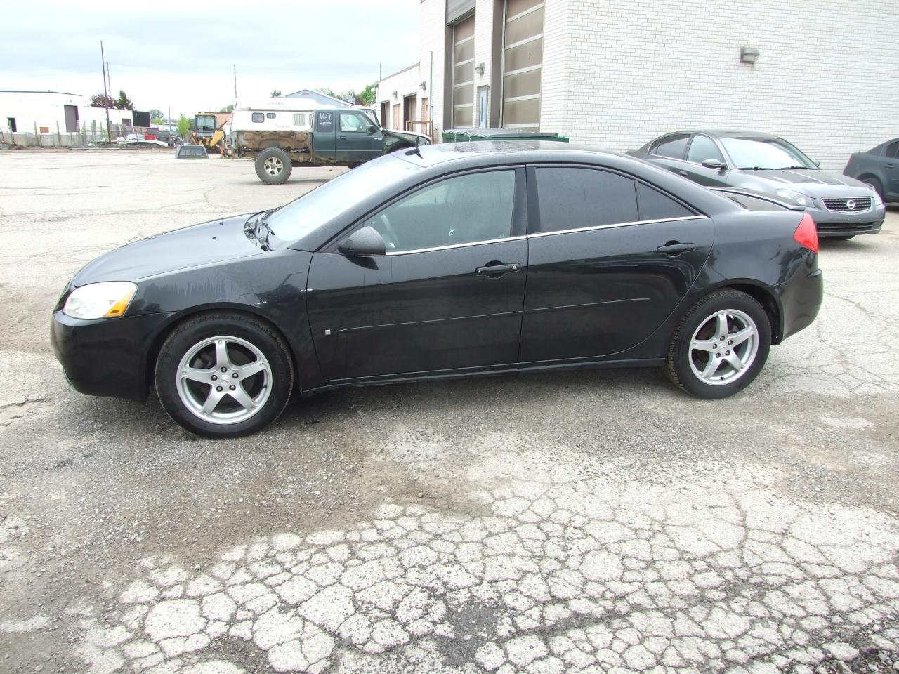 Photo of Black 2009 Pontiac G6