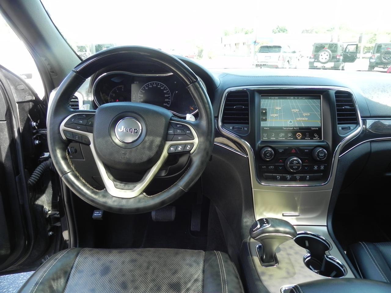2014 Jeep Grand Cherokee Overland * DIESEL * NAV * PANO ROOF