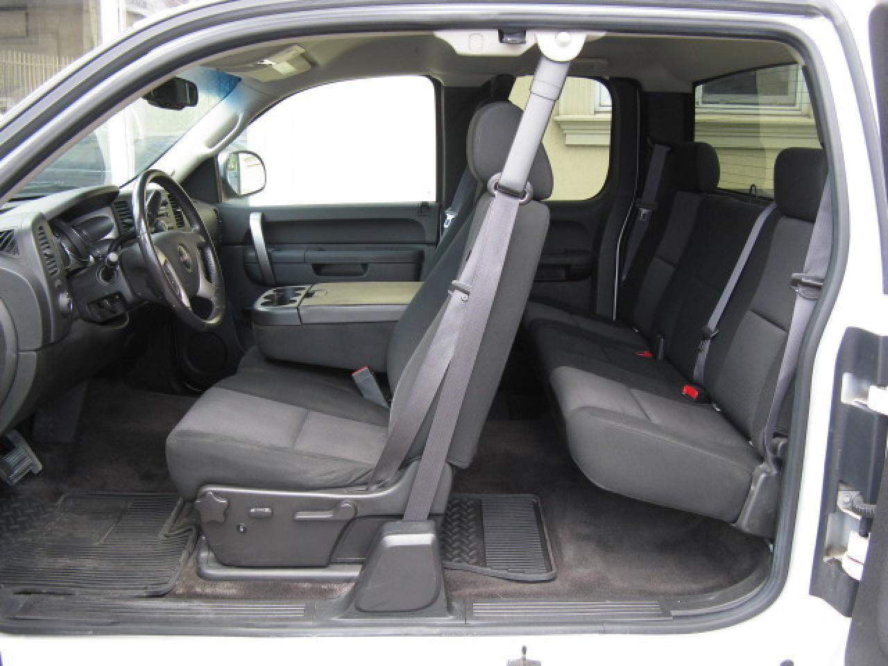 2011 GMC Sierra 1500 SLE Z71 4X4 4DR. EXT CAB.