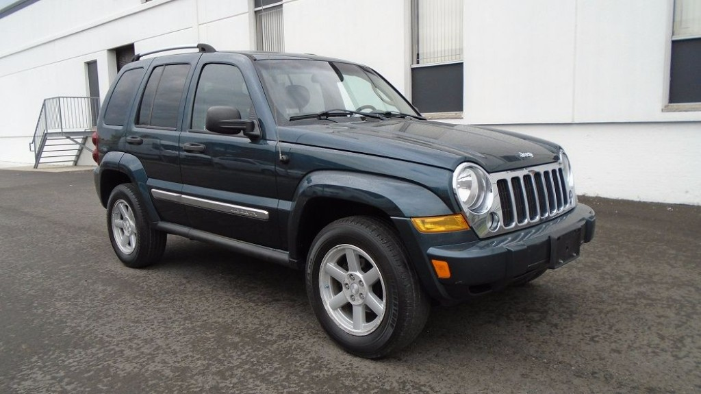 used 2005 jeep liberty limited 3 7l v6 loaded heated. Black Bedroom Furniture Sets. Home Design Ideas
