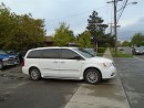 Used 2014 Chrysler Town & Country Touring-L, leather, sunroof.  NAVIGATION for sale in Scarborough, ON