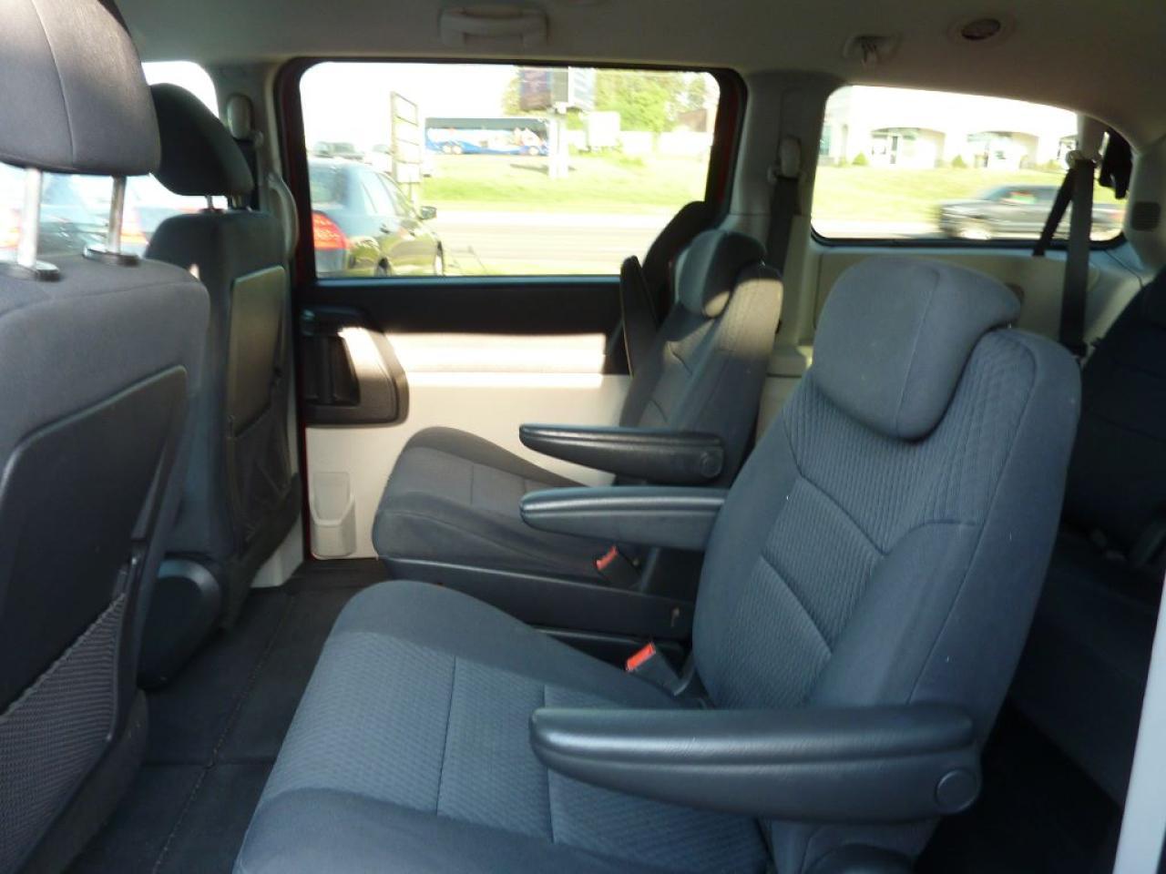 2010 Dodge Grand Caravan SE,Stow & Go with DVD