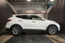 Used 2017 Hyundai Santa Fe SE w/ PANORAMIC ROOF / LEATHER / AWD for sale in Calgary, AB